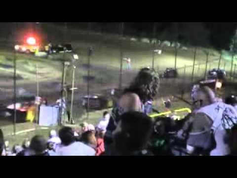 Crowley's Ridge Raceway 10/8/11 Modified Heat Race