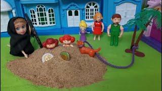 لغز الرمال المتحركه 🐕🐈😴عائلة عمر - جنه ورؤى - كرتون العاب اطفال - يوميات بامبي - عالم بامبي