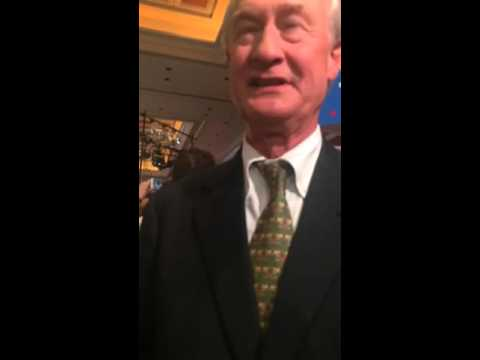 Lincoln Chafee reacts to Curt Schilling