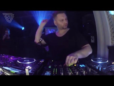 Mark Reeve performs @ Opposite club Prague