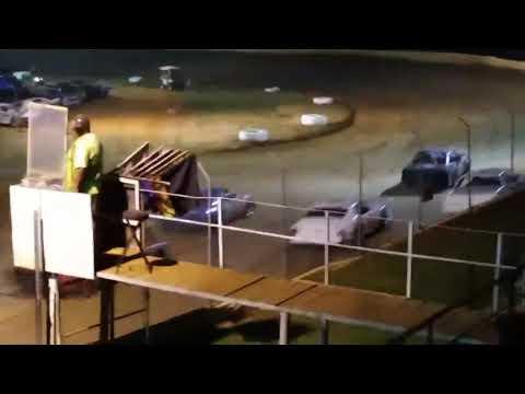 Lake Cumberland Speedway grassroots hobby stock heat 2 video 1   6/29/19