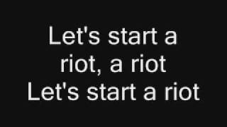 Three Days Grace - Riot with lyrics