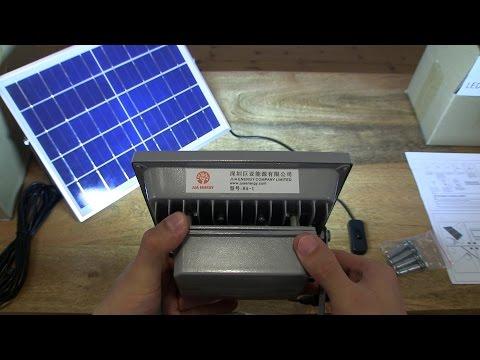 Uhuru Solar Floodlight