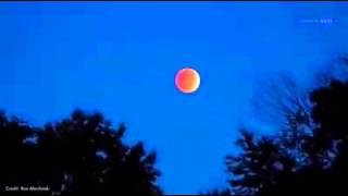 فيديو وأجمل الصور التي تناقلها رواد مواقع التواصل الاجتماعي لخسوف القمر العملاق!