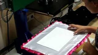 Нанесение изображения на подушку(Grawerton (Гравертон) -- простая и эффективная технология переноса черно-белого и цветного изображения высокого..., 2010-08-20T06:55:15.000Z)