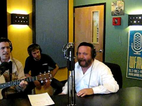 Yehuda Green Sings Live on Nachum Segal's JM in the AM Part 1