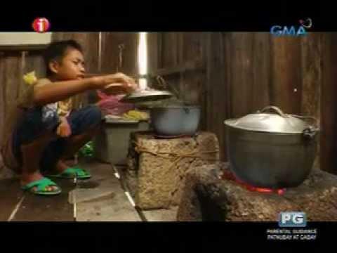 I-Witness: Mga kabataan sa Tawi-Tawi, maagang bumubukod upang mag-aral