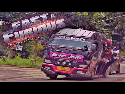 Aksi Ugal-Ugalan Buhe Jaya Cikijing-Bandung, Penumpang Auto Mabuk - ETS2 Mod Indonesia - 동영상