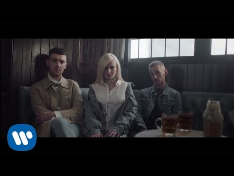 Clean Bandit - Rockabye (feat. Sean Paul & Anne-Marie) [Offi