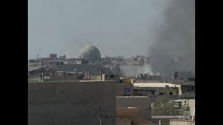Raw: Iraqi Forces Battle IS Militants in Mosul