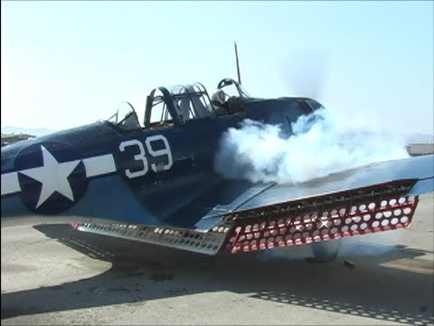 Douglas SBD Dauntless Dive Bomber Startup - Engulfed in Smoke & Propwash