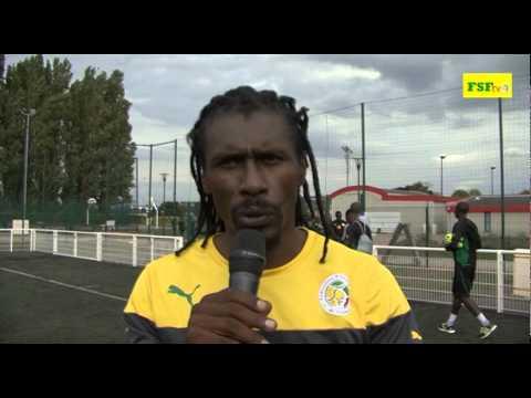 Interview Aliou Cissé, premiére séance d'entraînement à Paris