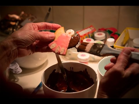 How to make a Christmas angel sugar cookie to treasure