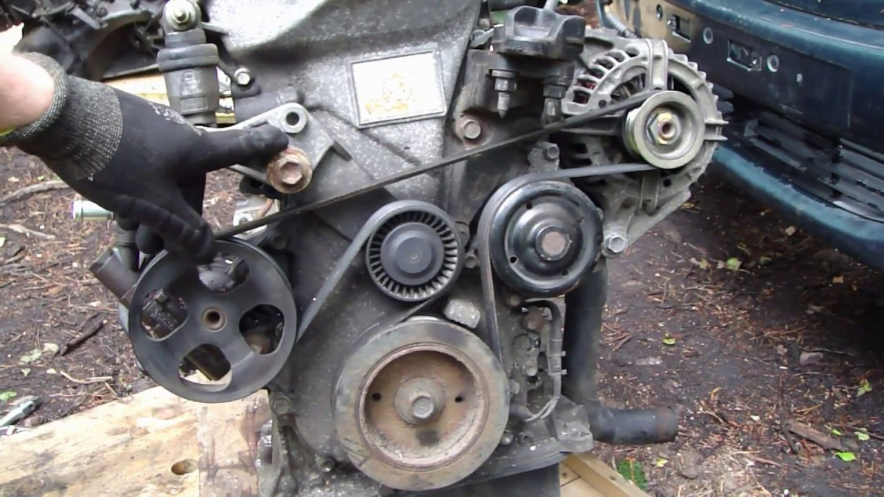 How works Toyota Corolla VVTi drive belt and what are it