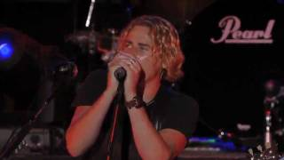 Nickelback - Never Again (Live 2006)