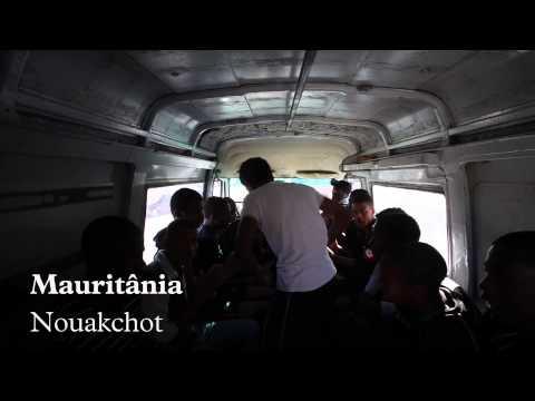 Mauritânia  Nouakchot , equipa de futebol a caminho do campo