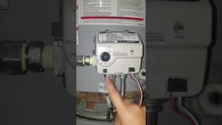 Whirlpool gas hot water tank pilot wont light *EASY FIX!!!*