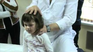 видео: Остеопат лечит ребенка