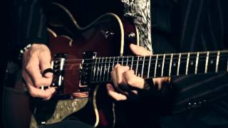大人のギタリストを唸らせるDuesenbergの実力(試奏:三宅伸治)