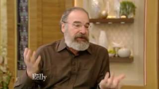 Watch Mandy Patinkin Sunday video