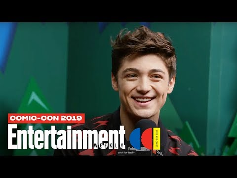 'Shazam!' Star Asher Angel Joins Us LIVE | SDCC 2019