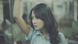 Download Video The Banery - Alisa (official music video) MP3 3GP MP4