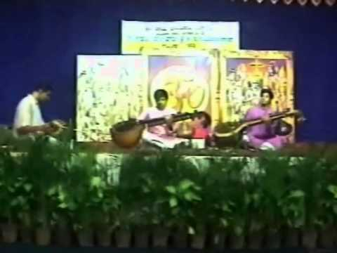 Krishna Nee Begane Baro by Rudrapatna Veena Brothers R P Prashanth and R P Pramod