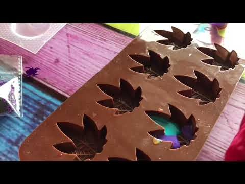 Weed leaf resin keychains| Watch me resin #1