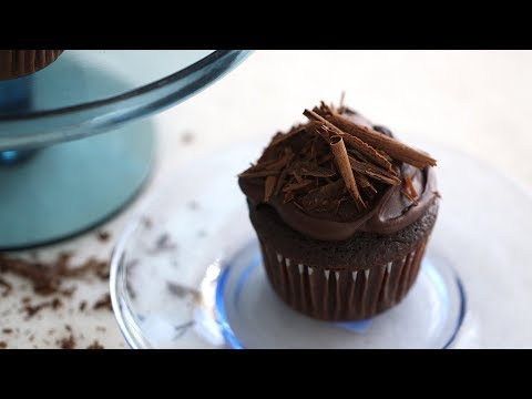 Devil's Food Cupcakes- Everyday Food With Sarah Carey