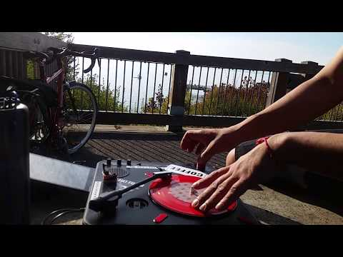 Solo Cypher on the Dock of the Bay! Djfaze1200 O.M.C.