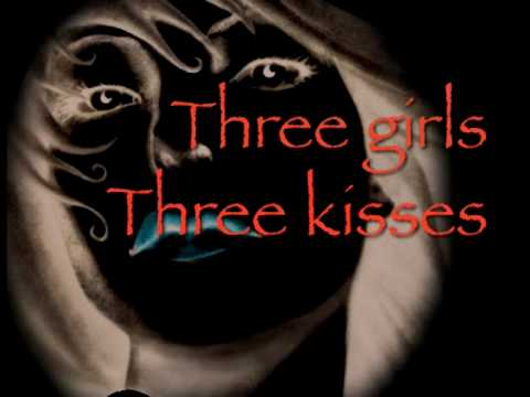 Laini Taylor - LIPS TOUCH THREE TIMES