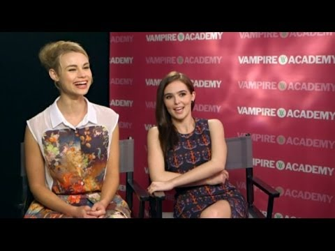 VAMPIRE ACADEMY  Zoey Deutch & Lucy Fry