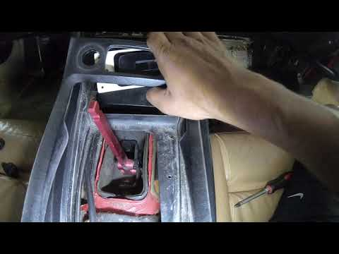 Porsche 928: How To Remove Center Console