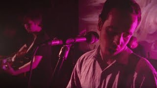 Rolling Blackouts Coastal Fever - An Air Conditioned Man [LIVE SESSION]
