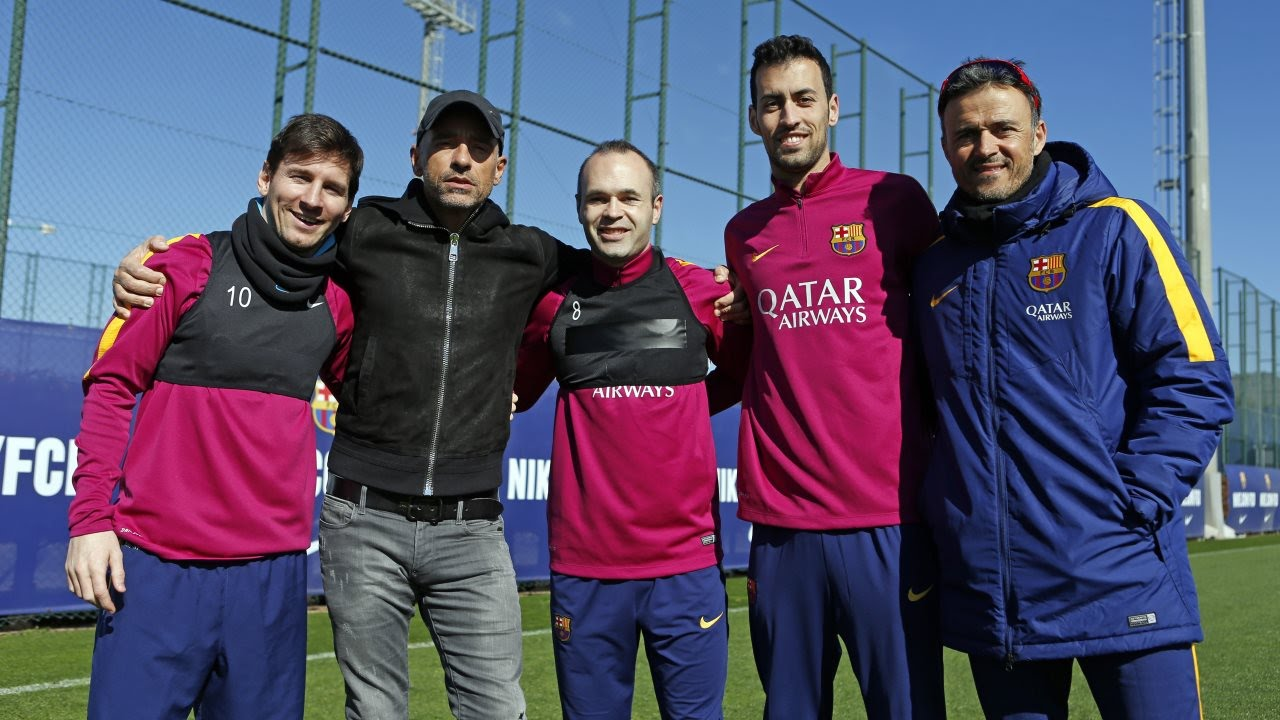Eros Ramazzotti visit FC Barcelona training session