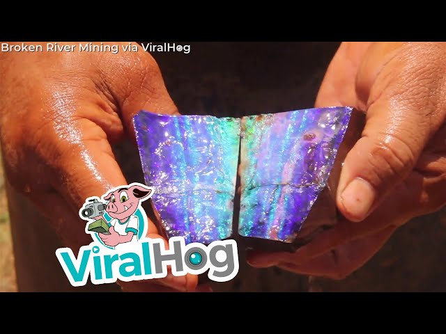 Stunning Opal Reveal    ViralHog
