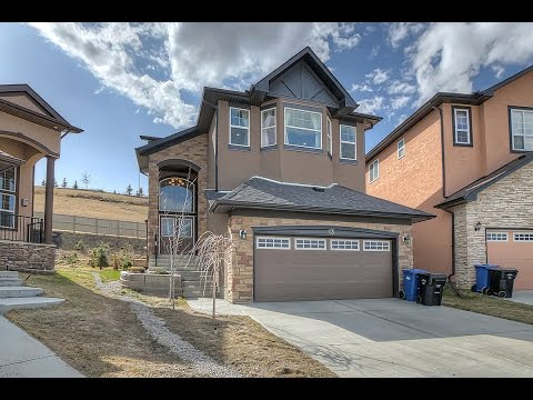Calgary Executive Family Home in Sherwood - 13 Sherwood Close NW