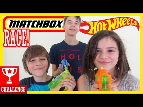 WATER GUN CAR RACE CHALLENGE!  With Matchbox & Hot Wheels !|  KITTIESMAMA