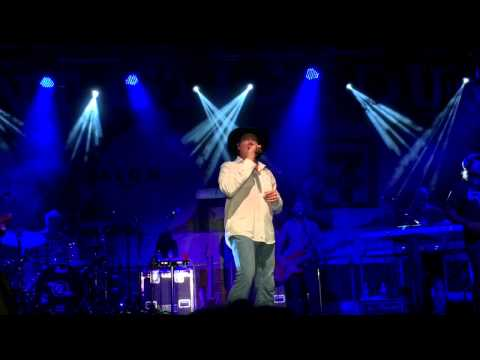 Tracy Lawrence = How A Cowgirl Says Goodbye, Big Spring, TX 6-26-15