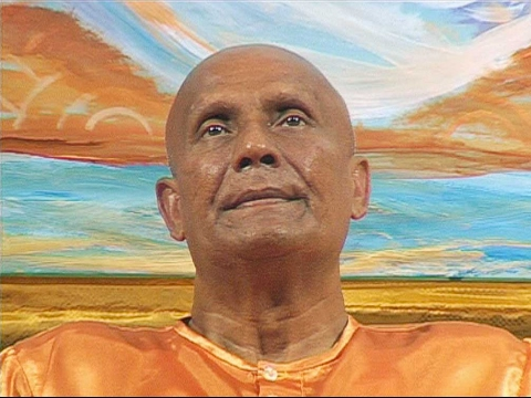 Sri Chinmoy: Chanting Supreme + Meditation