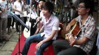 Hương Thơm Diệu Kỳ - Hội chợ đàn Guitar 2012