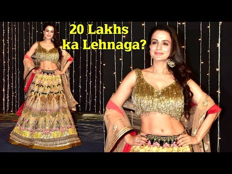 OMG Ameesha Patel Lehnga worth 20 Lakhs???At Priyanka Chopra And Nick Jonas's Wedding Reception