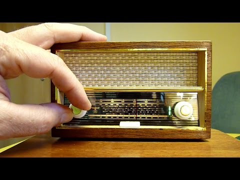 Kleinstes Röhrenradio der Welt !!!