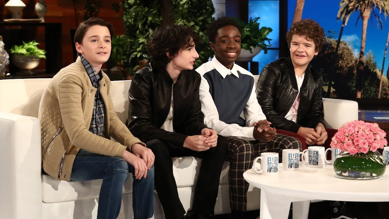 Cast from stranger things talk meeting president obama youtube strangerthings strangerthings2 obama m4hsunfo