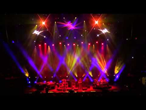 Phish | 12.29.11 | Mike's Song → Chalk Dust Torture → I Am Hydrogen → Weekapaug Groove