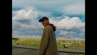 Смотреть клип Slowthai - Jiggle