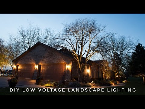 How to install low voltage landscape lighting diy do it yourself kits