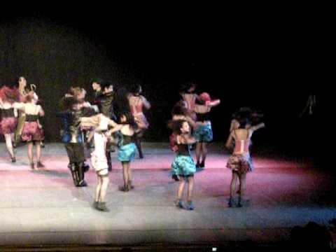 spectacle de danse ann lewis 2009 l'auberge (queen)