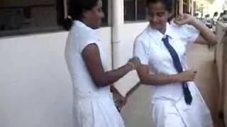 sri lanka school girls dancing date 2010 04 09