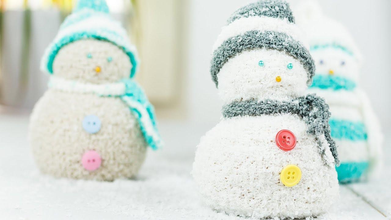 diy schneemann aus socken basteln winter diy socks snowman youtube. Black Bedroom Furniture Sets. Home Design Ideas